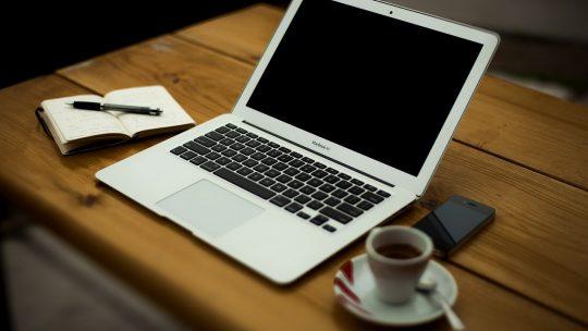 Comment économiser temps, énergie et argent en louant vos DVD et jeux en ligne