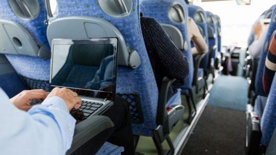 Comment choisir le bon ordinateur pour voyager ?